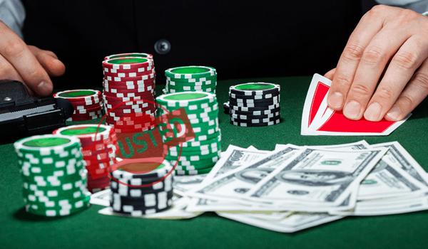 Solusi Lancar Berjudi Poker Online